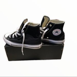 Converse | Youth High Tops size. 1
